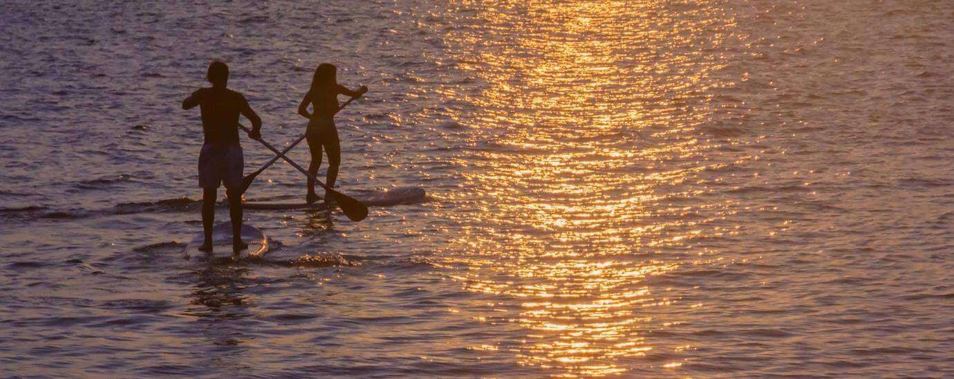 STAND UP PADDLE NOTURNO